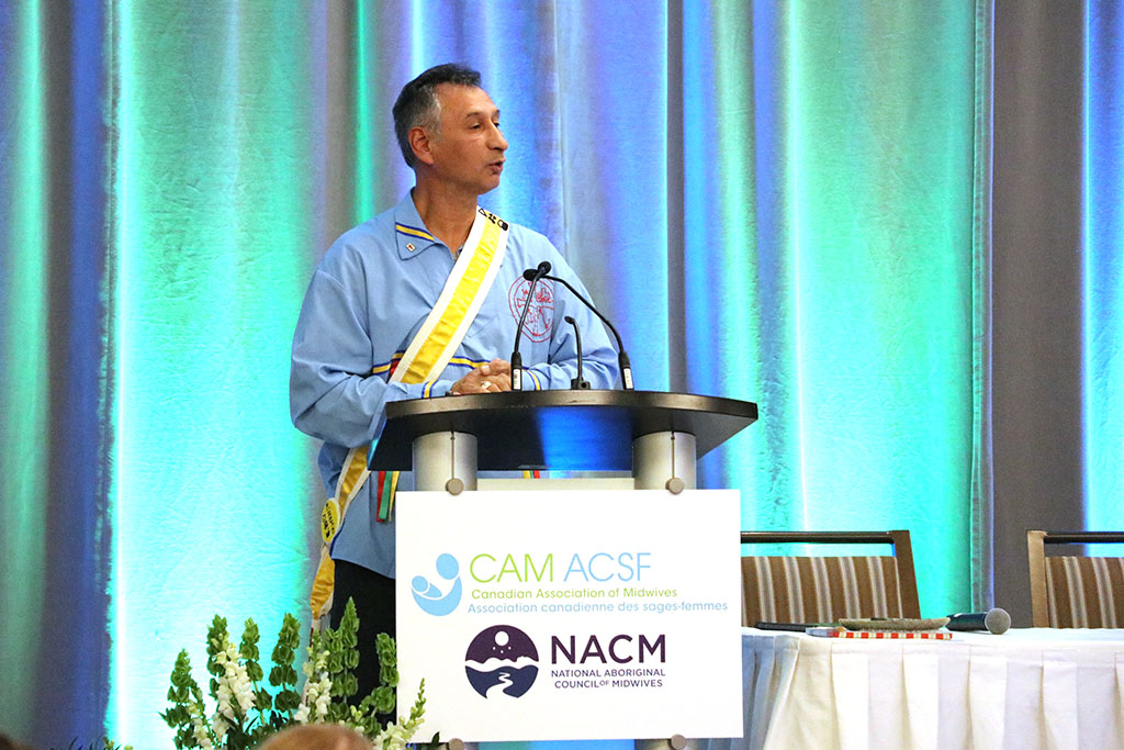 Grand Keptin of the Mi'kmaq Grand Council Andrew Denny welcomes delegates at the 2019 CAM Conference opening ceremony.